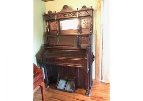 Late 1800's Working Kimball Reed/Pump Organ